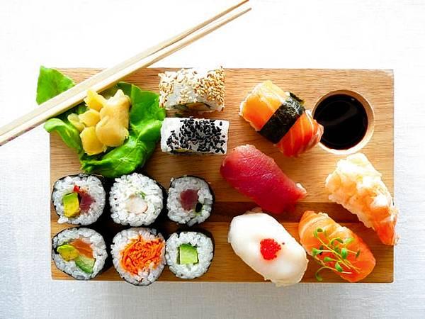 Les meilleurs 3 dbh noviembre 2015 for Poisson japonais nourriture
